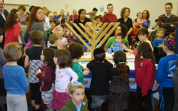 hanukkah-party-jcc-london